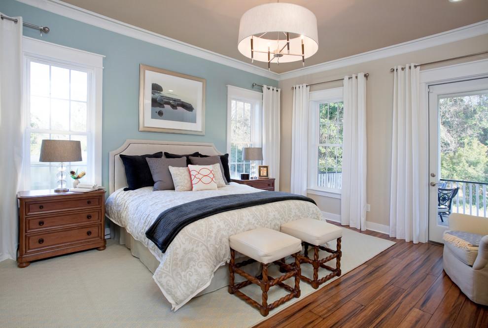 Bedroom - traditional master bedroom idea in San Francisco
