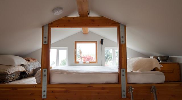 Ira Lippke eclectic-bedroom
