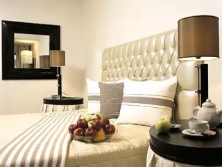 iris panagiotopoulou bedroom
