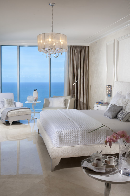 Superbe Chandelier In Bedroom