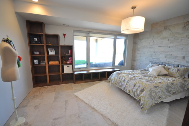 Jerry Bussanmas contemporary-bedroom