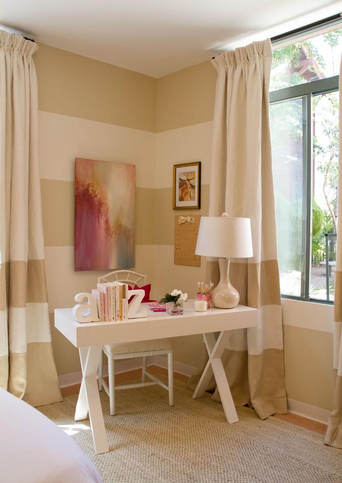 Bedroom - traditional bedroom idea in Los Angeles with multicolored walls