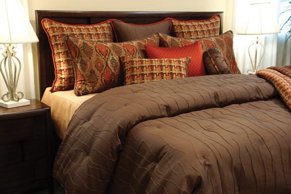 Joyce Coverlet Set Contemporary Bedroom