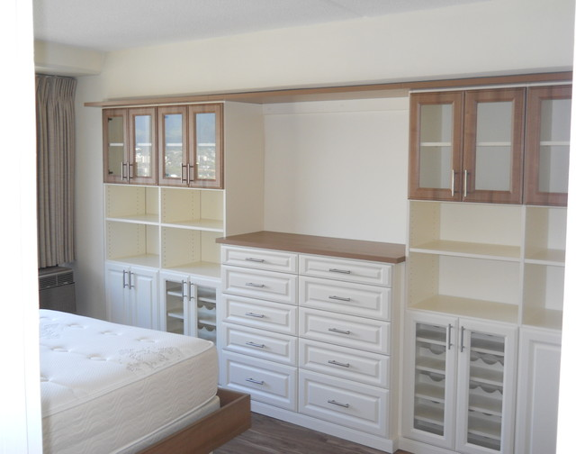 Captivating Kapiolani Condo   Platform Bed U0026 Wall Unit Traditional Bedroom