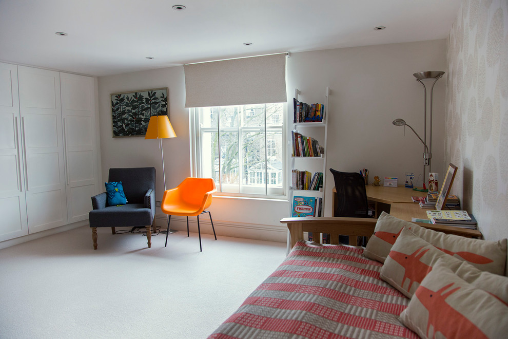 Bedroom - small traditional carpeted bedroom idea in London with white walls