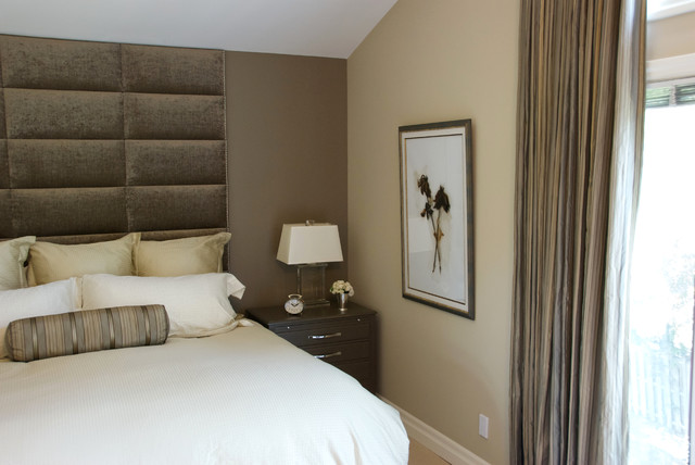 King 16 Piece Wall Mounted Upholstered Headboard Panels
