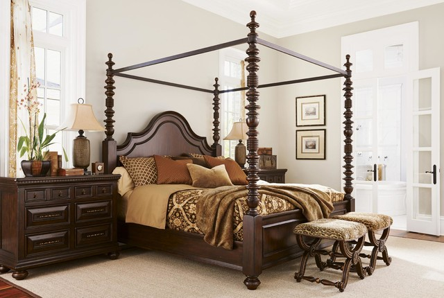 Brazil Furniture Group Lumberland Post Bed with Large Fluted Posts