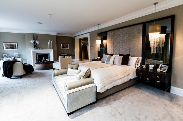 Kingswood, Surrey contemporary-bedroom