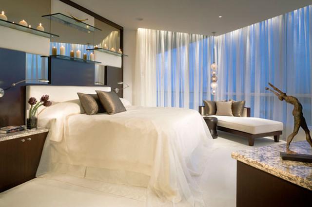 Klaassen contemporary-bedroom