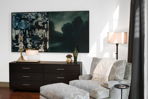 vignette chair ottoman lamp corner