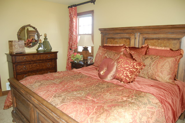"""""""Lady's Side"""" Master Bedroom traditional-bedroom"""