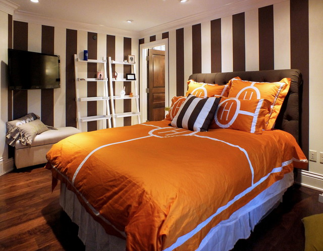 Lake Home Haven contemporary-bedroom