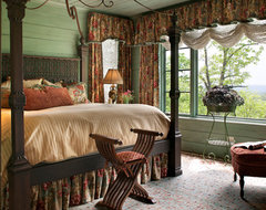 Lake Toxaway traditional bedroom