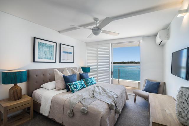 Las Rias Noosa Unit Renovation Beach Style Bedroom