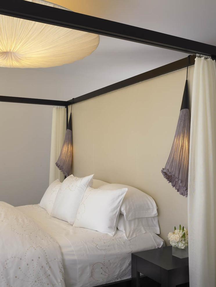 Bedroom - modern bedroom idea in San Diego with beige walls
