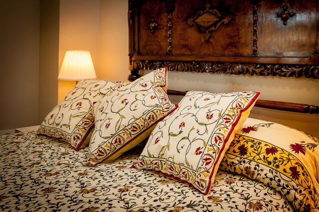 lighting houses traditional-bedroom