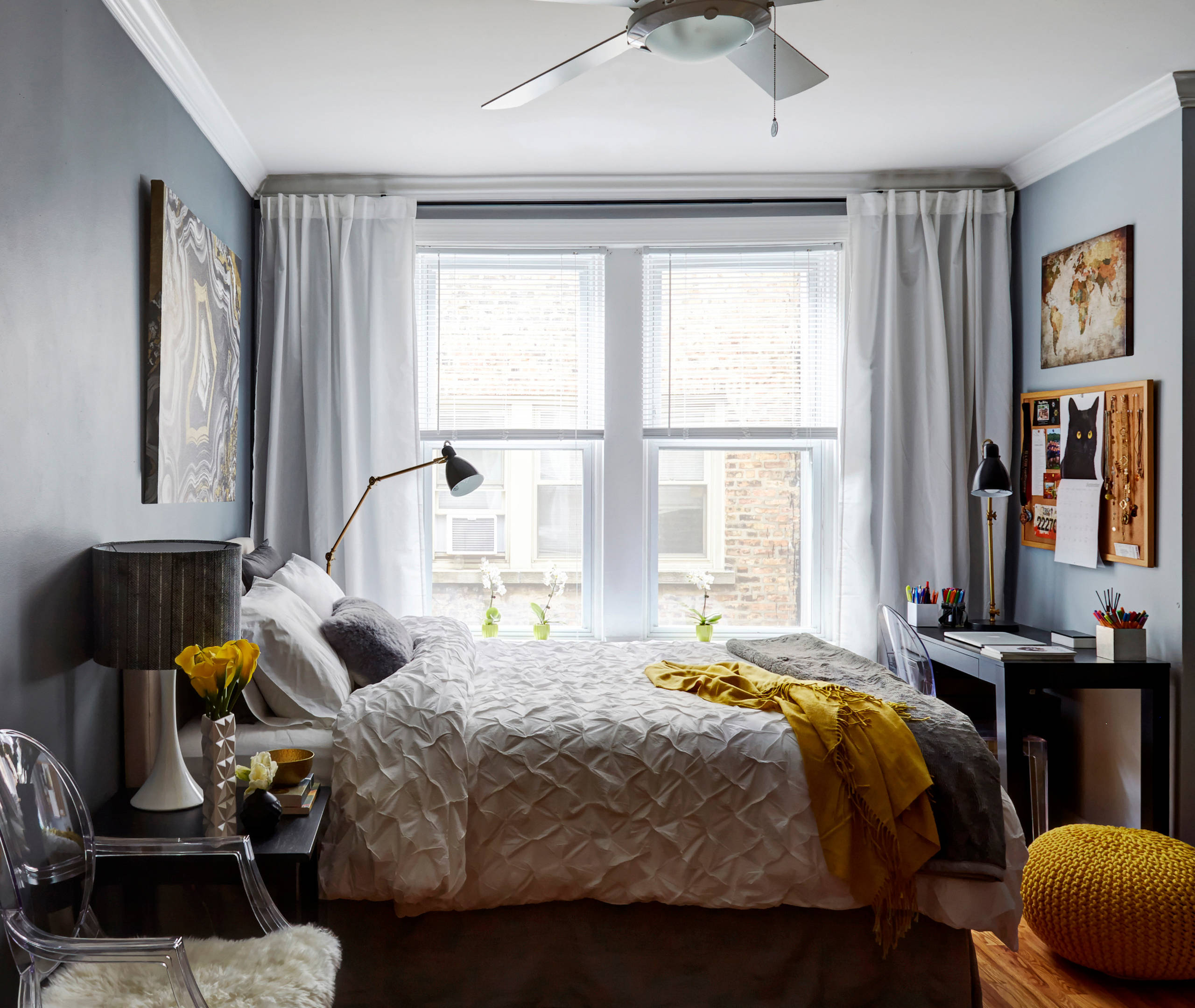 Small Apartment Bedroom Ideas And Photos Houzz