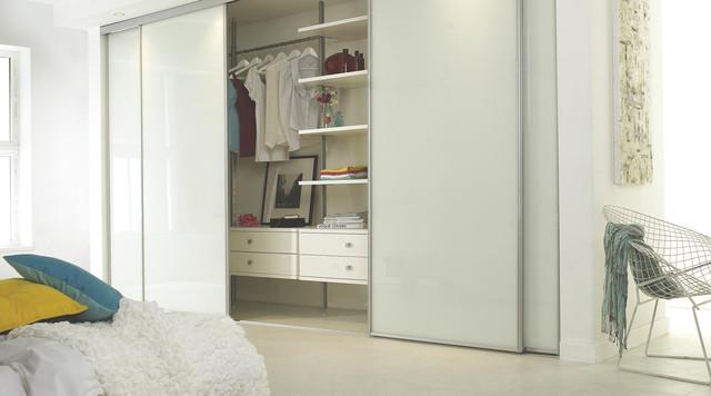 Bedroom Large Contemporary Master Linoleum Floor Idea In Hampshire With White Walls
