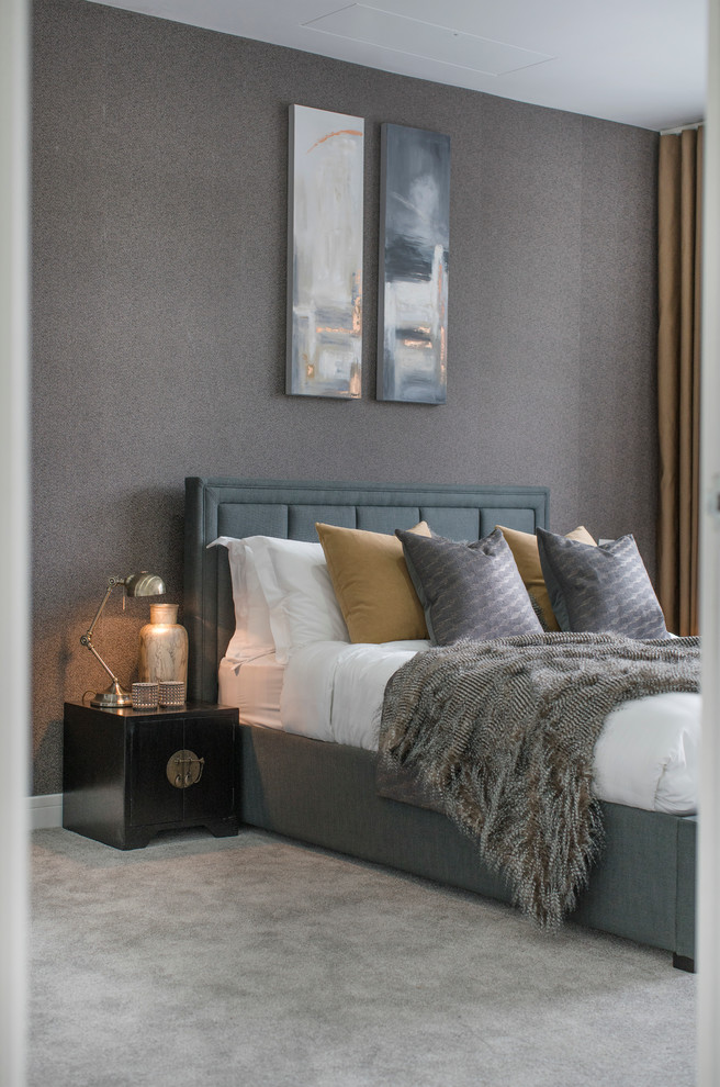 Example of an urban bedroom design in London