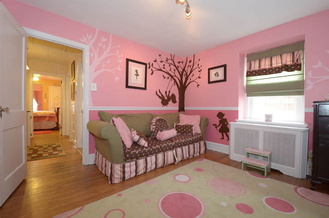 Little Girl S Room