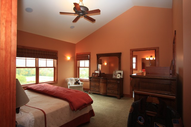 Classic bedroom in Other.