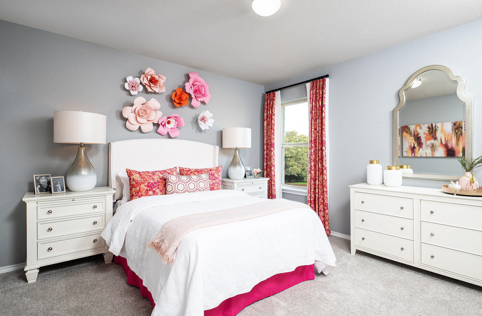 75 Beautiful White Bedroom Pictures Ideas February 2021 Houzz