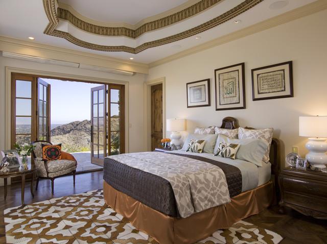 Lori Dennis Interior Design traditional-bedroom