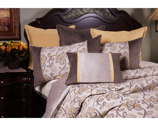 Bedding 2013 - LUCY: Light Gray fabric with Maize floral design highlighted with Dim Gray vines giving a fun but elegant look.