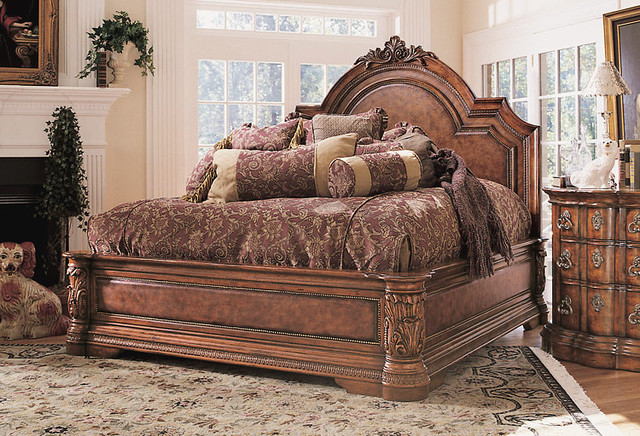 Attractive Luxury Bedroom Traditional Bedroom