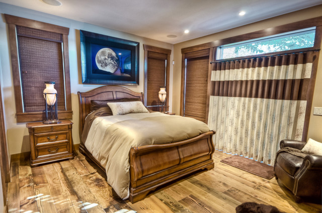 Luxury on the Water traditional-bedroom