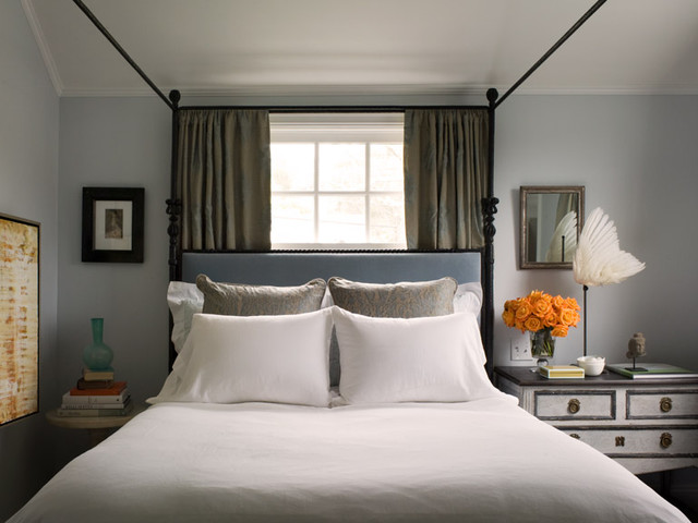 contemporary bedroom by David  Duncan Livingston