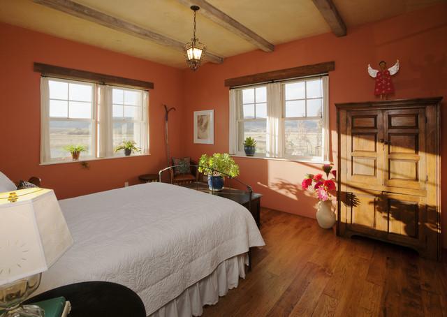 Lynne Barton Bier rustic-bedroom