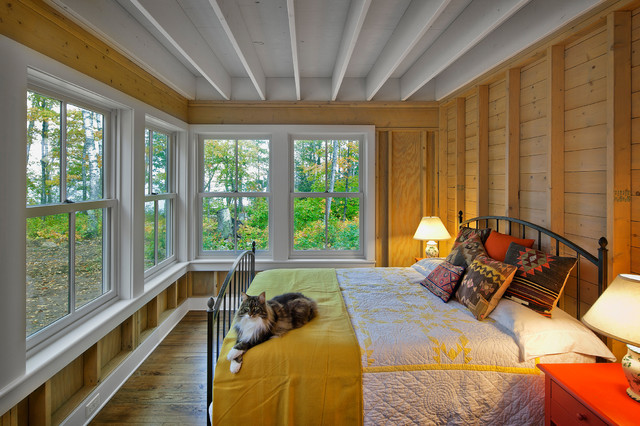 Madeline island farmhouse bedroom by albertsson for Bunkie interior designs