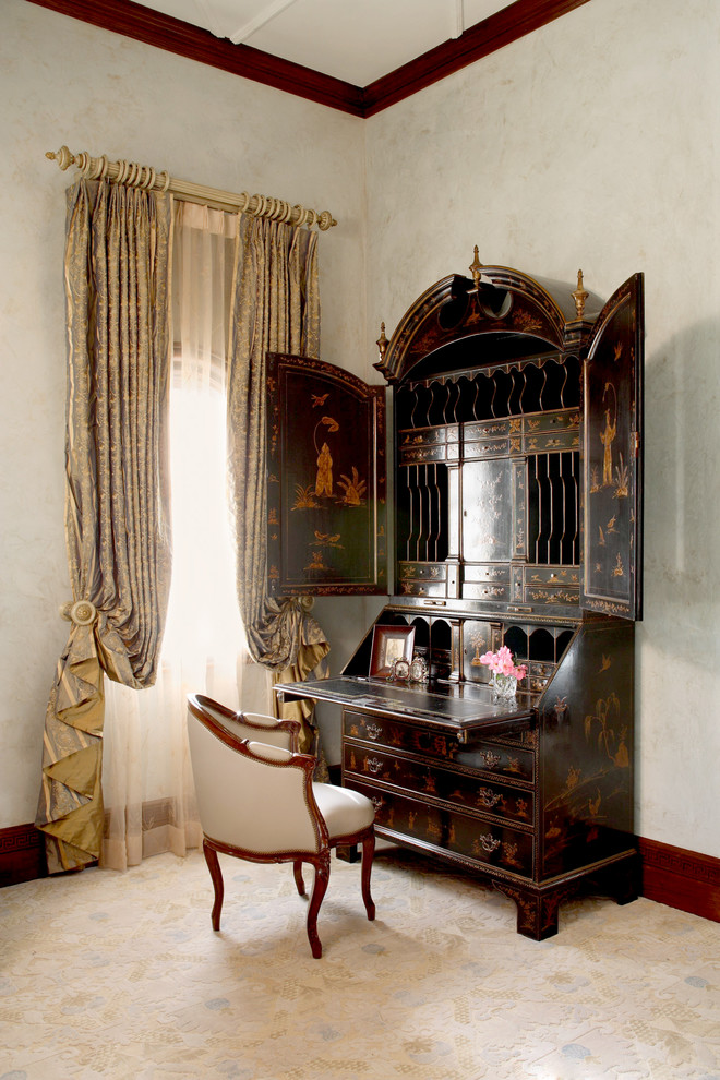 Inspiration for a victorian guest bedroom remodel in Austin