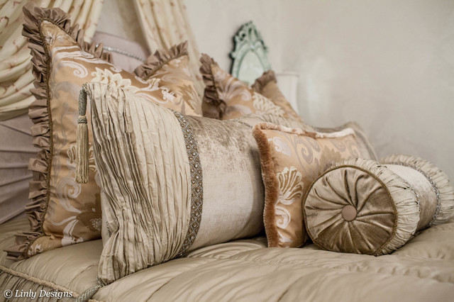 Marge Carson Bedding Traditional Bedroom Chicago By Linly Designs