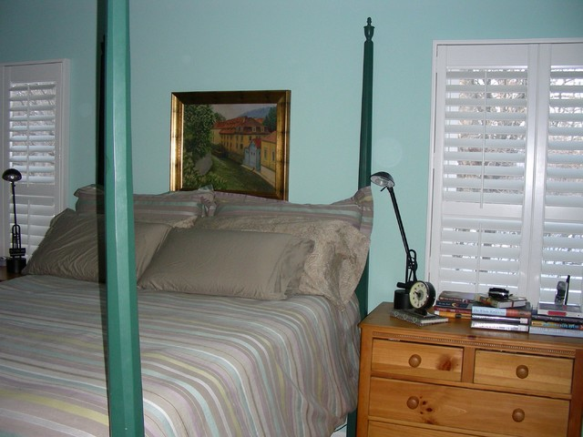 Marielle traditional-bedroom