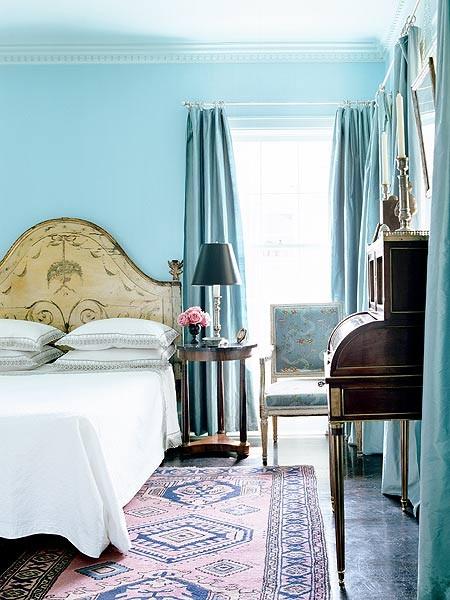 Marielle bedroom