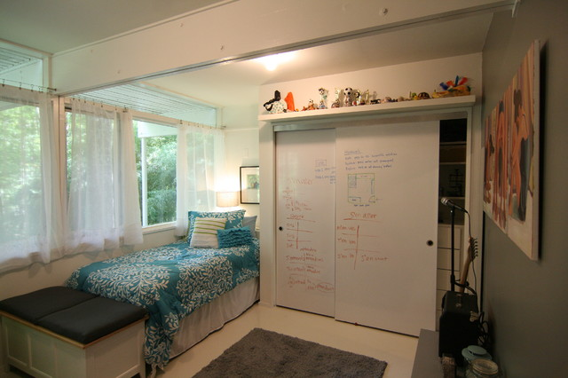 Markerboard Closet Doors Contemporary Bedroom