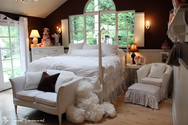 marshmallow dreaming eclectic-bedroom