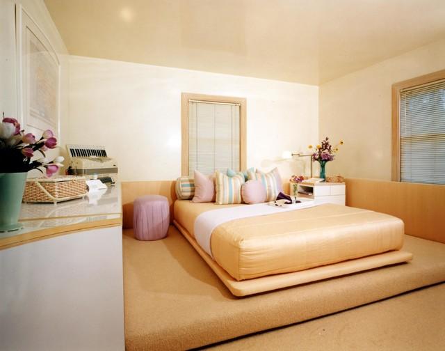 Massachusetts residence contemporary-bedroom