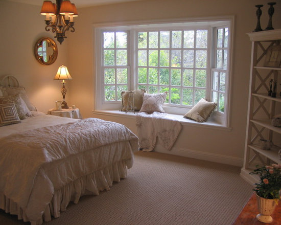 Bay windows with window seats design ideas pictures for Bay window remodel
