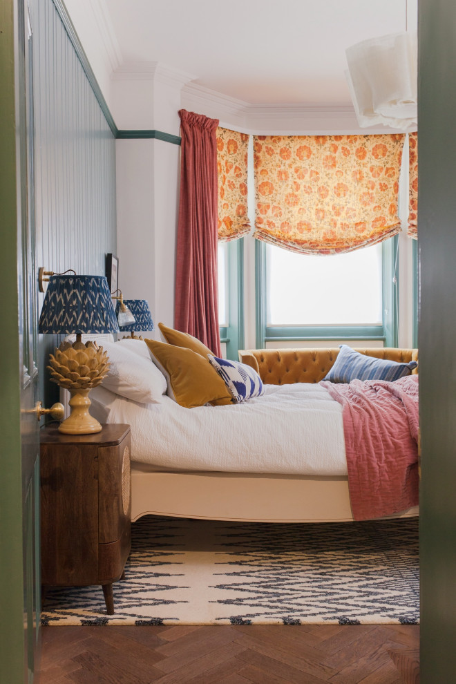 Photo of a classic bedroom in London.