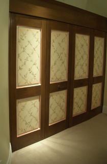 Master bedroom closet doors traditional bedroom los for Closet doors los angeles