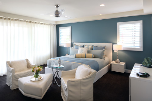 what is the paint color and brand of the teal accent wall?