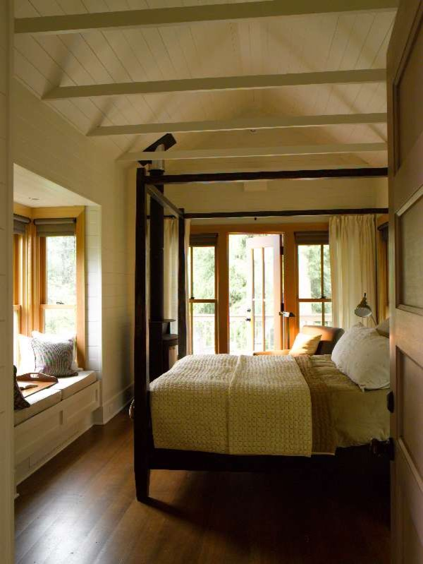 Inspiration for a contemporary bedroom remodel in Seattle