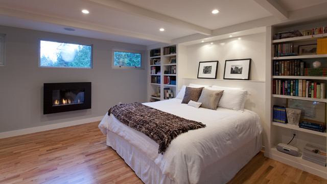 contemporary bedroom by Synthesis Design Inc.