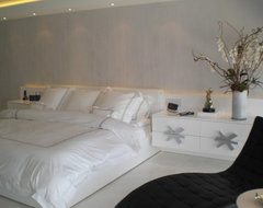 master bedroom in white and silver modern bedroom
