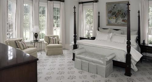 Cortinas brancas em quartos brancos dão uma linda harmonia