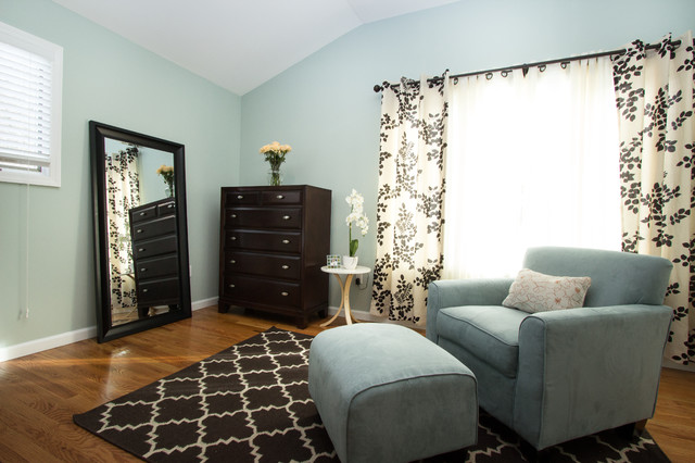 Master bedroom retreat modern bedroom new york by for Accents salon chagrin falls