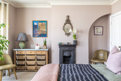Houzz Tour: An Edwardian Home is Lifted by Soft Tones and Texture